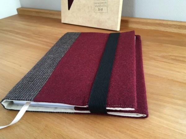 Обложка для книги и ежедневника из твида бордовый