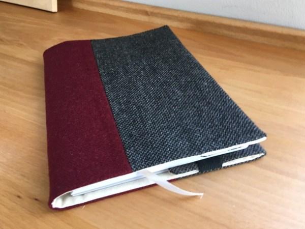 Обложка для книги и ежедневника из твида бордовый ViaVestis