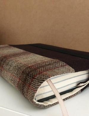 Книжная обложка текстильная