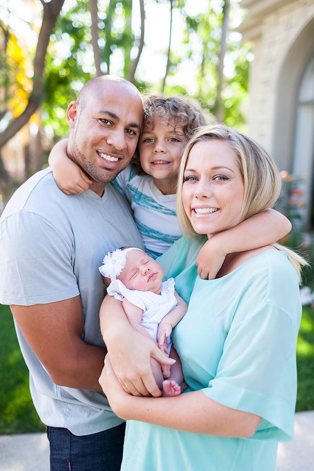 Evelyn Lozada Daughter Father : evelyn, lozada, daughter, father, Fever:, Evelyn, Lozada, Kendra, Wilkinson, Unveil, Their, Newborns, VIBE.com