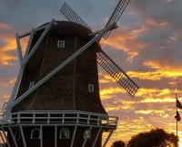 Dutch Windmill Visitors Center and Chamber of Commerce ...
