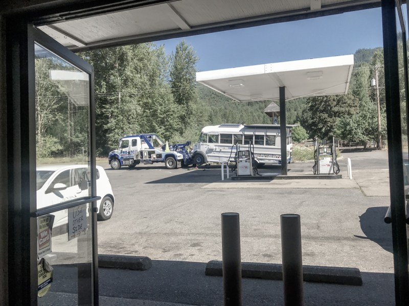 Finally getting towed, view from inside the gas station.