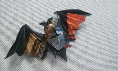 Origami bat (designed by Miyajima Noboru)