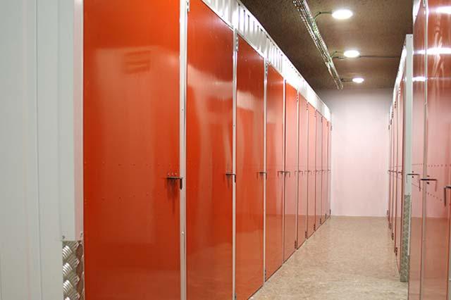 Instalaciones de trasteros para alquilar - Trasteros y garajes Vicenber