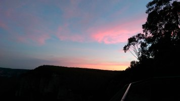 Blackheath Weekend Day 1: Sunset at Govetts Leap