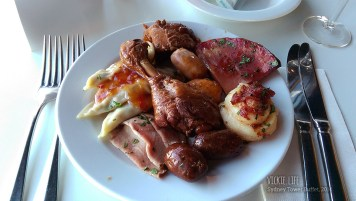 Sydney Tower Buffet: Hot Food First Plate