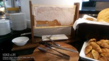 Pullman Cairns Breakfast Buffet: Honeycomb