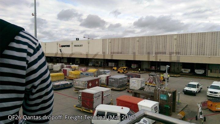 QF26 Qantas dropoff at freight terminal