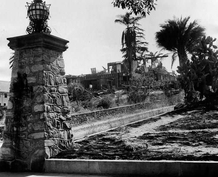 1947 razed orange grove estate