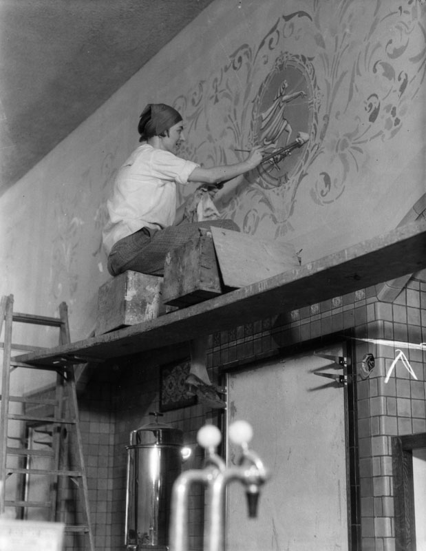 muralist Lucile Lloyd