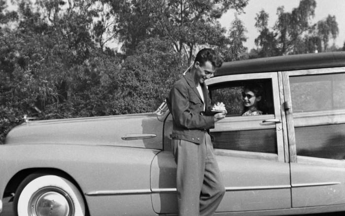 1950ThanksgivingDadMomCAddy