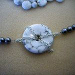 Donut and Chain Necklace – Howlite and Gray Glass Pearl