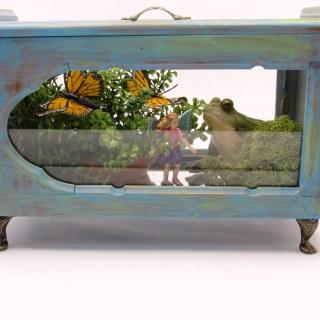 Jewelry Box to Indoor Fairy Garden