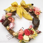 How to Make a Summer Wreath with Miniature Garden Tools