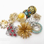 Make a New Brooch with Vintage Brooches, Buttons and Recycled Wool