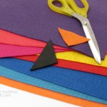 "How to Make a Felt ""Kite Tail"" Garland for Spring Decorating"