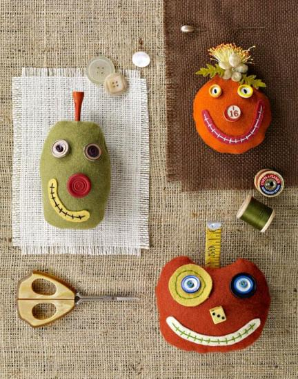 silly-pumpkin-pincushionslg_1