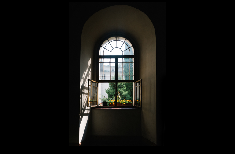 window-course-page