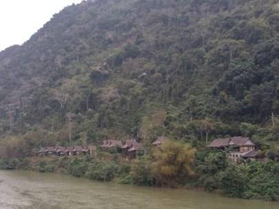 Riverside hotel in Nong Khiaw