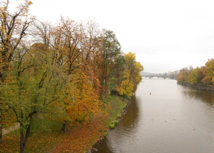 Autumn colours on the Vlatva River