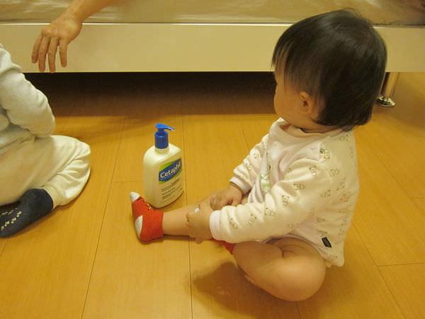 懷兩胎都靠這一瓶‧舒特膚潤膚乳液‧紅癢癢88 - Vicky 媽媽的遊樂園