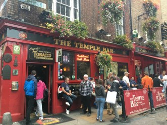 Dublin: The famous Temple Bar
