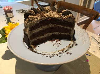 The birthday cake (Oreo cake)