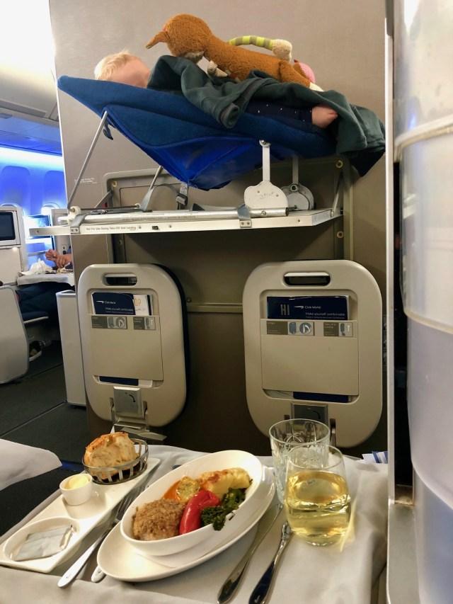 British Airways Club World - Business Class Abendessen
