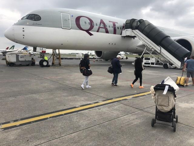 Qatar Airbus A350 auf einer Außenposition am Flughafen Johannesburg