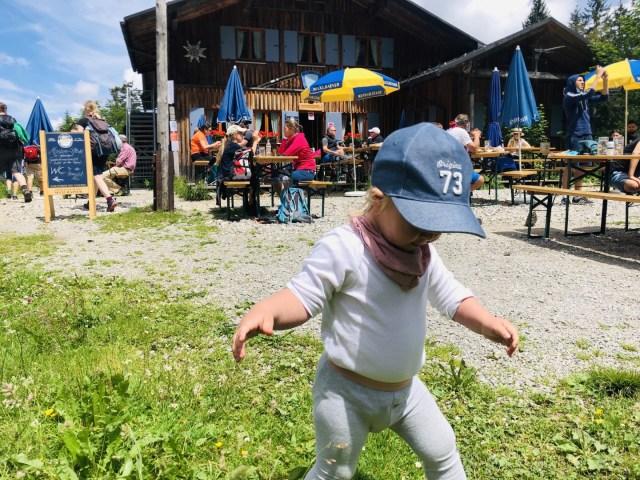 Ich tanze auf 1327 Höhenmeter, Tutzinger Hütte