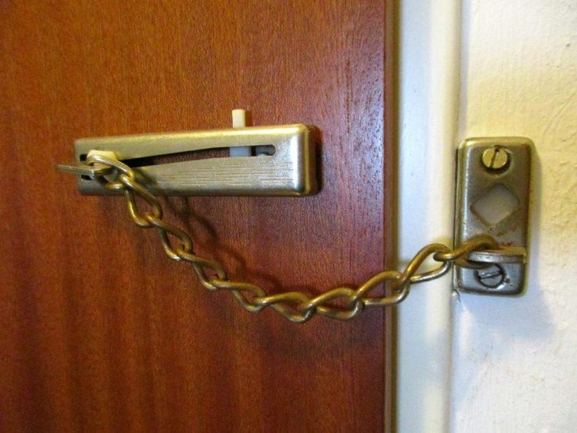 verrou porte securité
