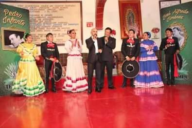 Ballet Folclórico El Huizache en su Homenaje