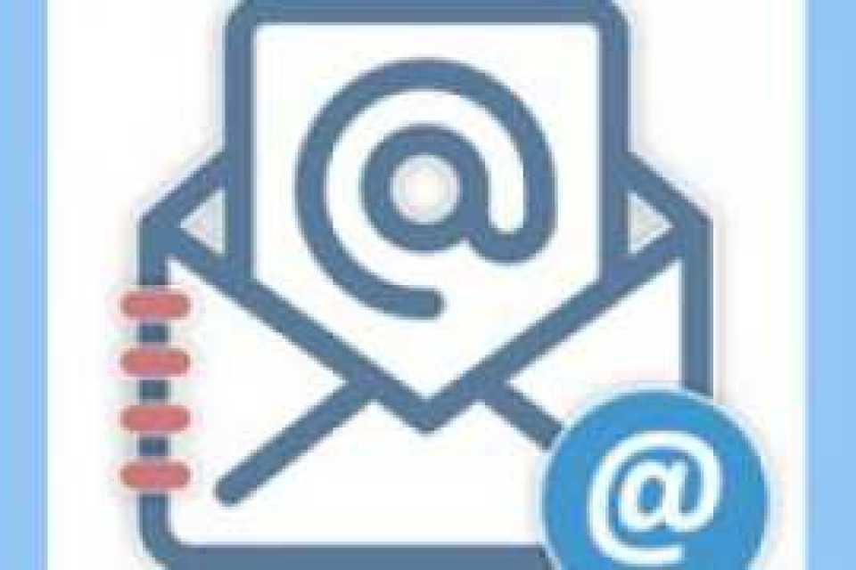 Дети за интерактивным столом