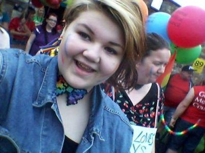 pride16booparade