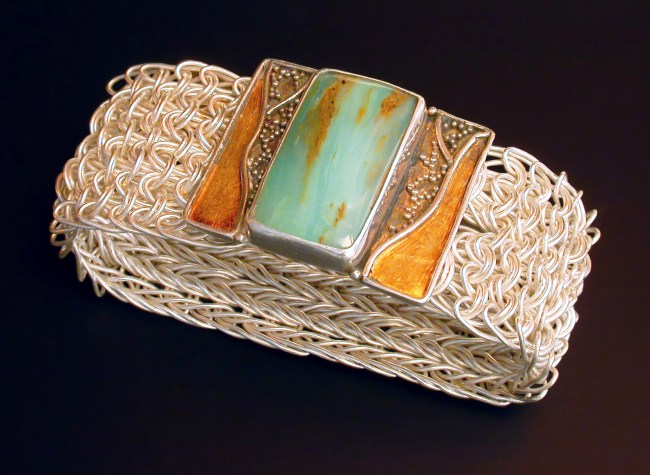 Rivers of Gold VII, Side Weave Mesh bracelet with a granulation, and, kum boo clasp
