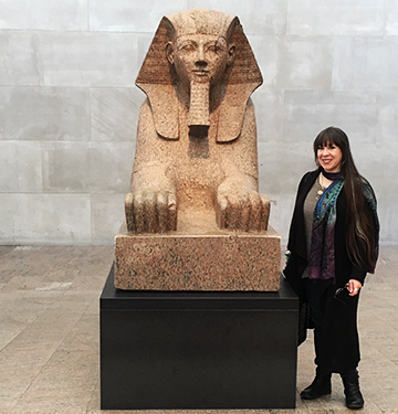 Victoria Lansford with Hatshepsut at The Metropolitan Museum of Art