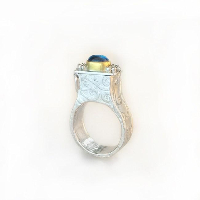 "Lucrezia III, Hidden Compartment Ring (""poison ring"")"
