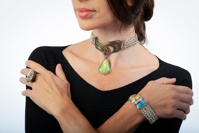 Rivers of Gold VIII choker, Escape II ring, Indira bracelet by Victoria Lansford, photo by Pat Vasquez-Cunningham