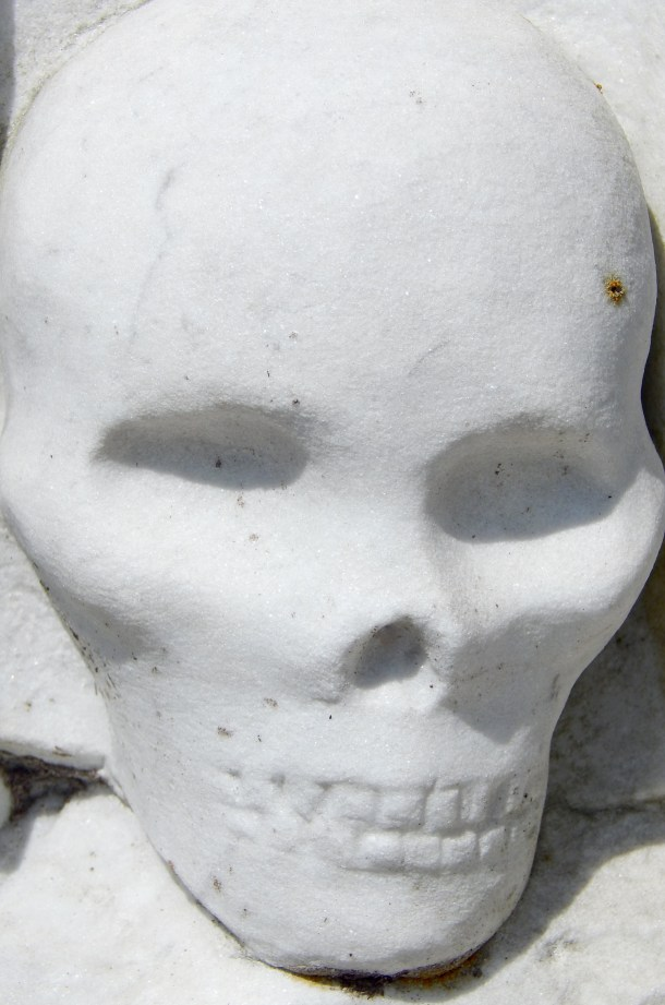 Skull detail at Greenwich Cemtery