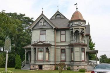 Victorian Houses and Where the Rich and Poor Victorian Children Lived