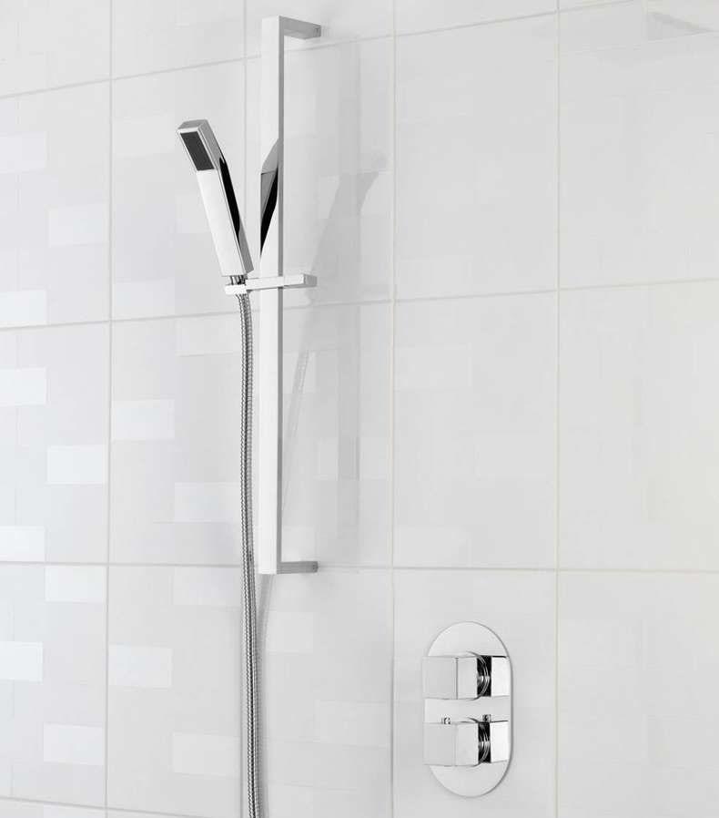 How do thermostatic shower valves work?