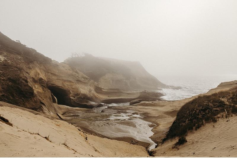 Foggy Oregon Coast Engagement at Cape Kiwanda // Pacific City, OR // Victoria Selman Photographer