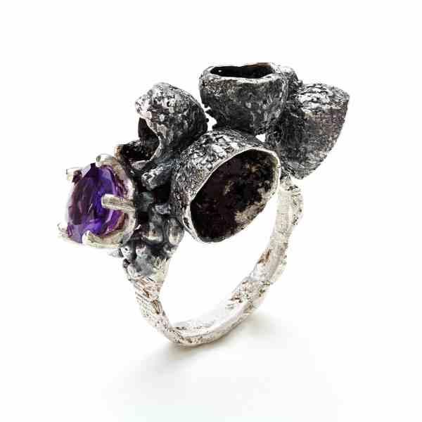 Victoria Sewart Contemporary Jewellery Plymouth