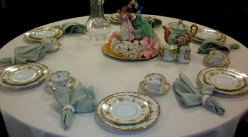 Tea & Coffee  - The Proper Etiquette (3/6)