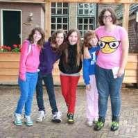 Rode draad groepje met Lieve, Emma, Joyce, Lieke en Isabel
