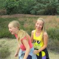 Roos en Jo-Ann hebben grote lol!