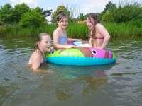 Lizzy, Helena en Angelina