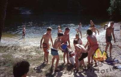 Zwemmen bij het vennetje
