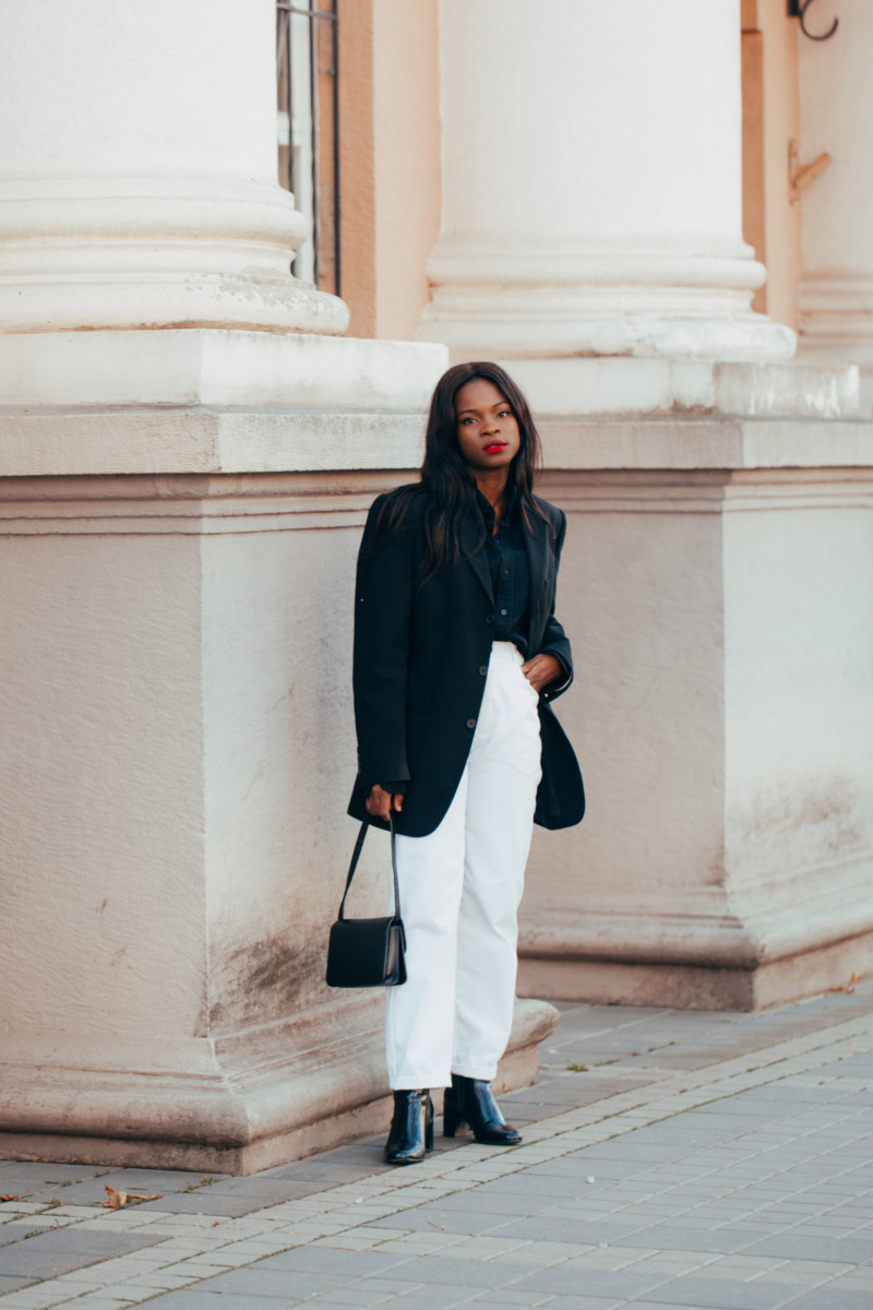 styling a black and white outfit
