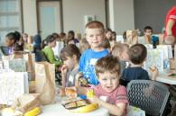 EasterForKids2016_lunch
